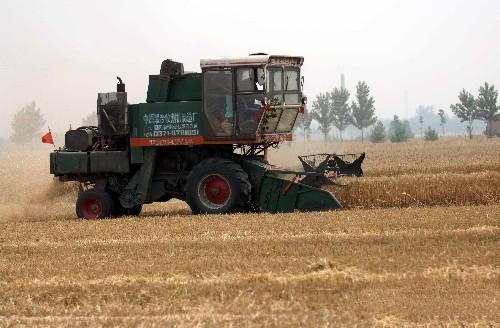 全国超过5000万的农机手四季忙碌