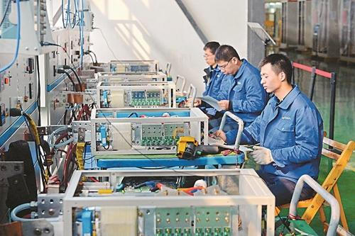 广汉市粮食主产区实现全程机械化 无人机助力