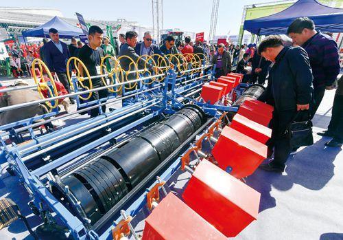 近万台冠亚1.85设备集中亮相2018新疆冠亚1.85博览会