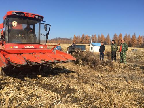 敦化市农机局产业扶贫出新招