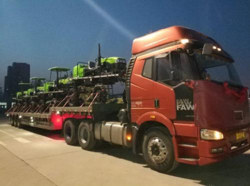 雷沃阿波斯植保机械20台订单批量交机