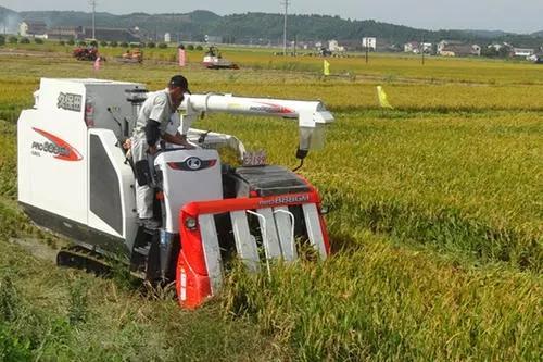 安徽将扶持800个全程机械化综合农事服务中心