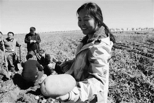 農業科技人員下鄉真扶貧