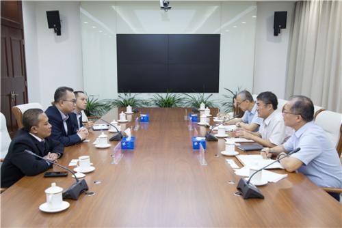 印尼茂物uedbet官网好久好久�]有喝�^修真者大学代表团访问中国农科院