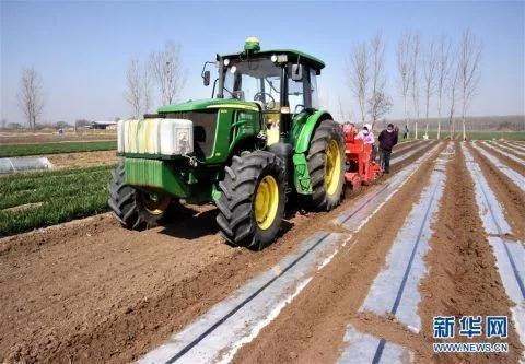 现代化农机让春耕有序高效