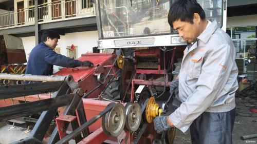 亳州保养农机 备战午收
