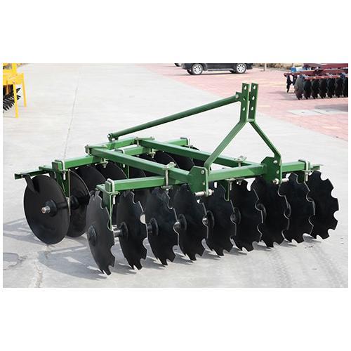 优质18片悬挂偏置中耙1BJX 农业整耕机械 配四轮拖拉机