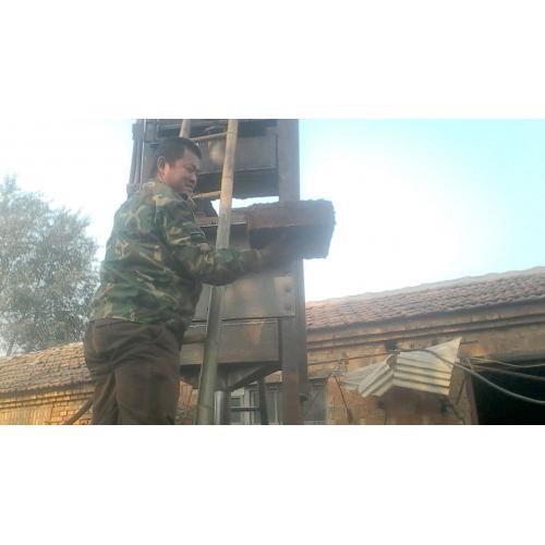 椰糠砖压力机