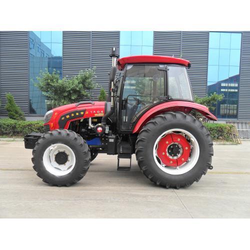 齐鲁常力1404四驱轮式拖拉机