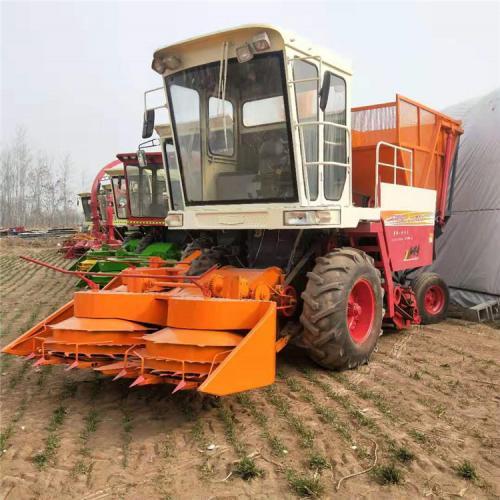 圆盘式玉米秸秆青饲料收获机 自走式秸秆青贮机价格