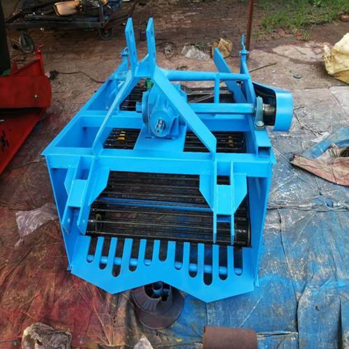 拖拉机三点悬挂式土豆收获机